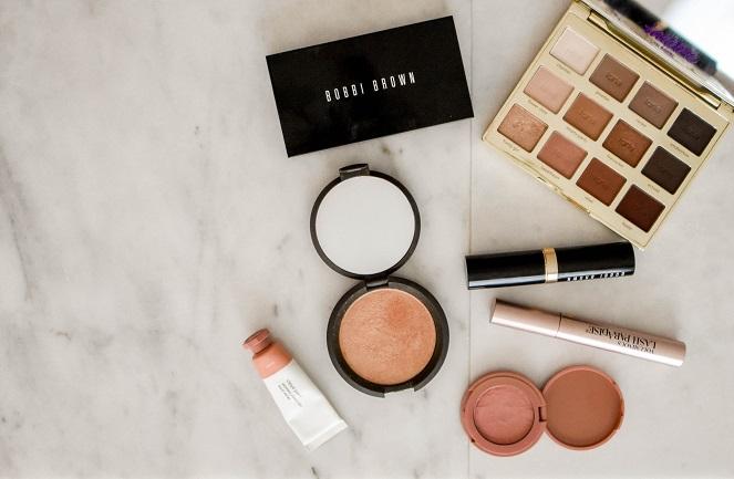 Maquillaje con base mineral